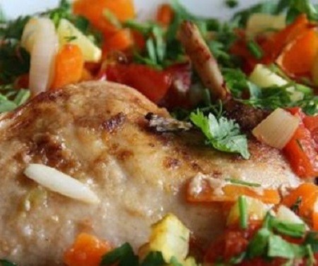 готовим рагу из кролика с овощами в кастрюле