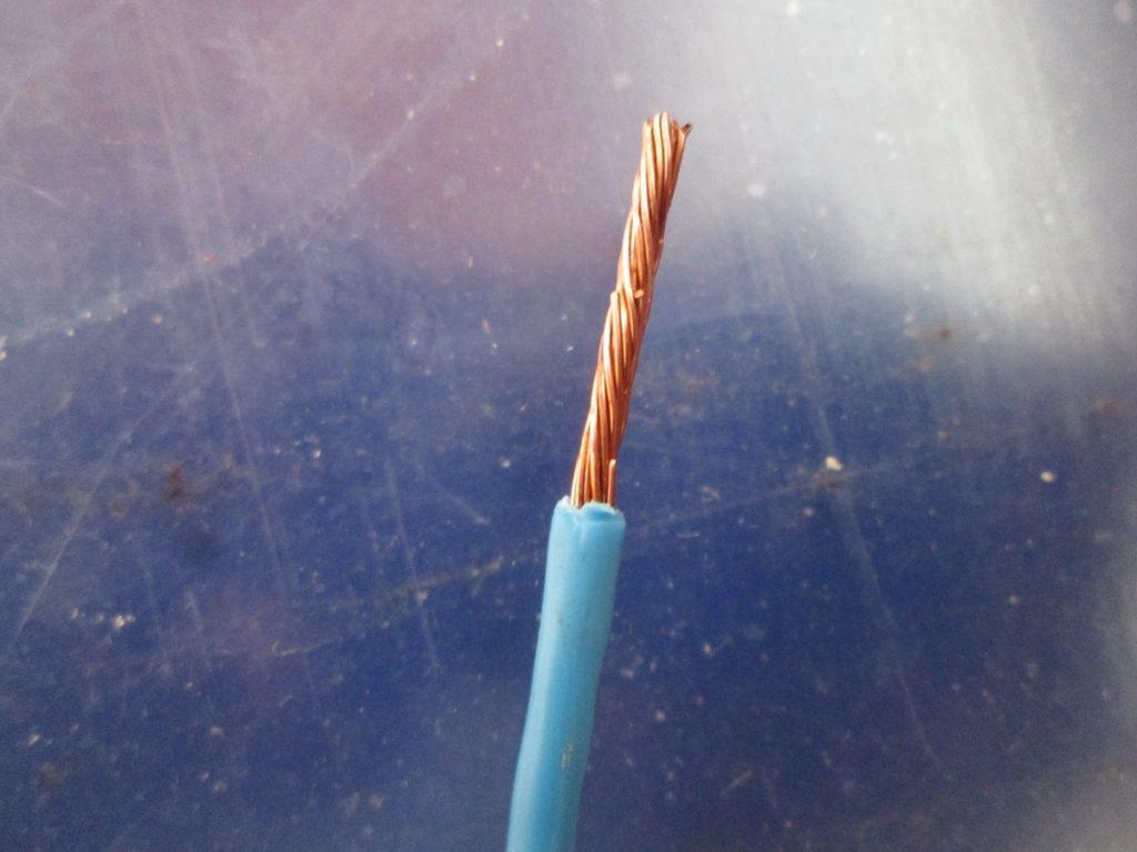 Как узнать сечение кабеля по диаметру