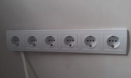 блок электрических розеток