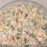 Салат с крабовым мясом с кукурузой