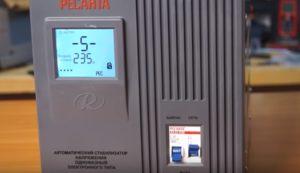 Как подключить стабилизатор напряжения на весь дом.  Схема подключения